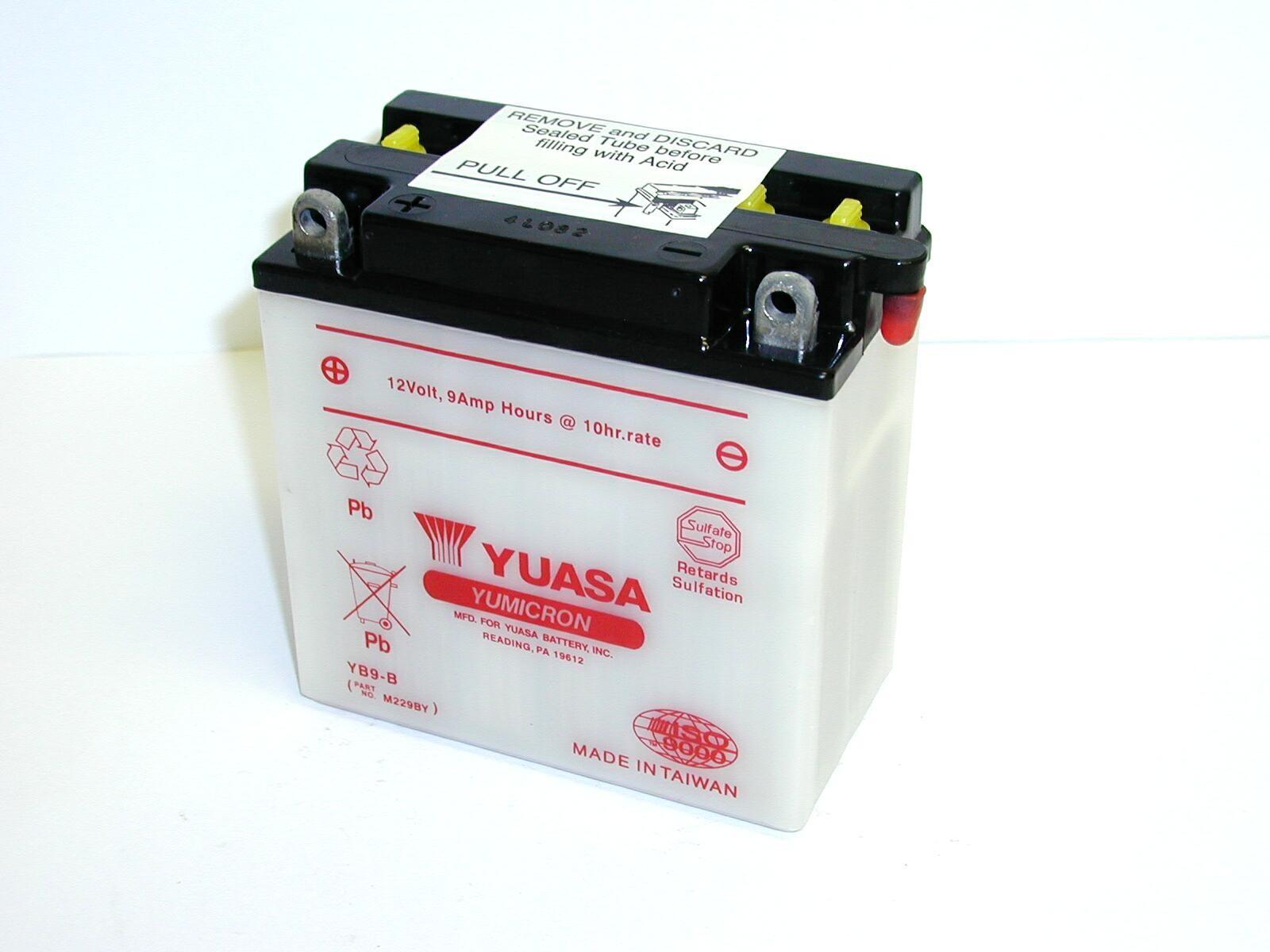 Batterie moto Yuasa YB9-B...